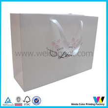 Guangzhou customized shopping paper bag for garments