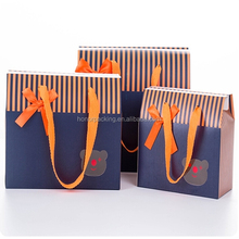Custom fashion sealable Paper empty colorful gift carry bag with small pvc window and ribbon