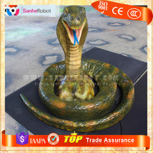 Vivid moving life-size robotic snake for sale