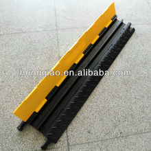Factory Durable 2 Channel Rubber Road Cable Protector