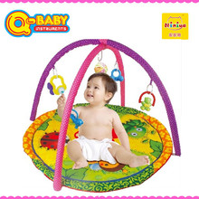 Niniya cheap funny folding baby activity mat with rattle toys