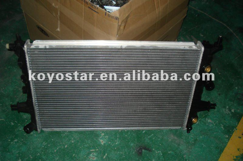 Auto Radiator For OPEL ASTRA G 2.2 TD 2172 Y22DTR