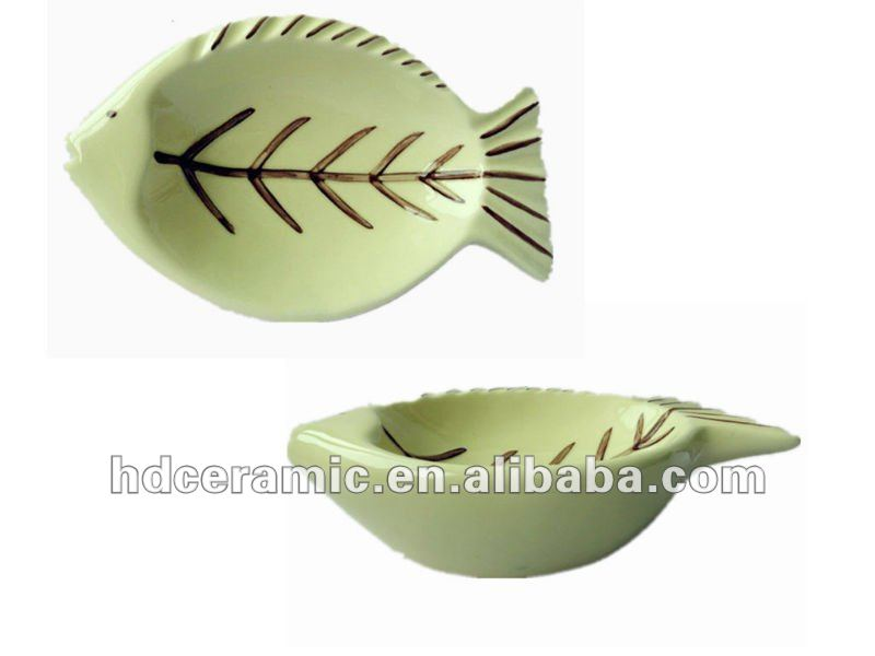 fish shape cat bowl