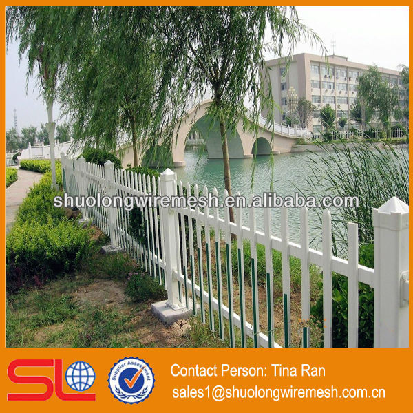 2013 newest artificial design decorative garden border fence