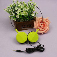 Fashionable Colorful headphones from earphone factory ,OEM ODM welcomed for mobile phone ,mp3 and ipod