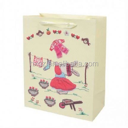 direct factory customized printed paper packing bag for children clothes wholesale