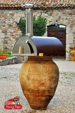 Freestanding wood fired fast pizza oven with stone floor