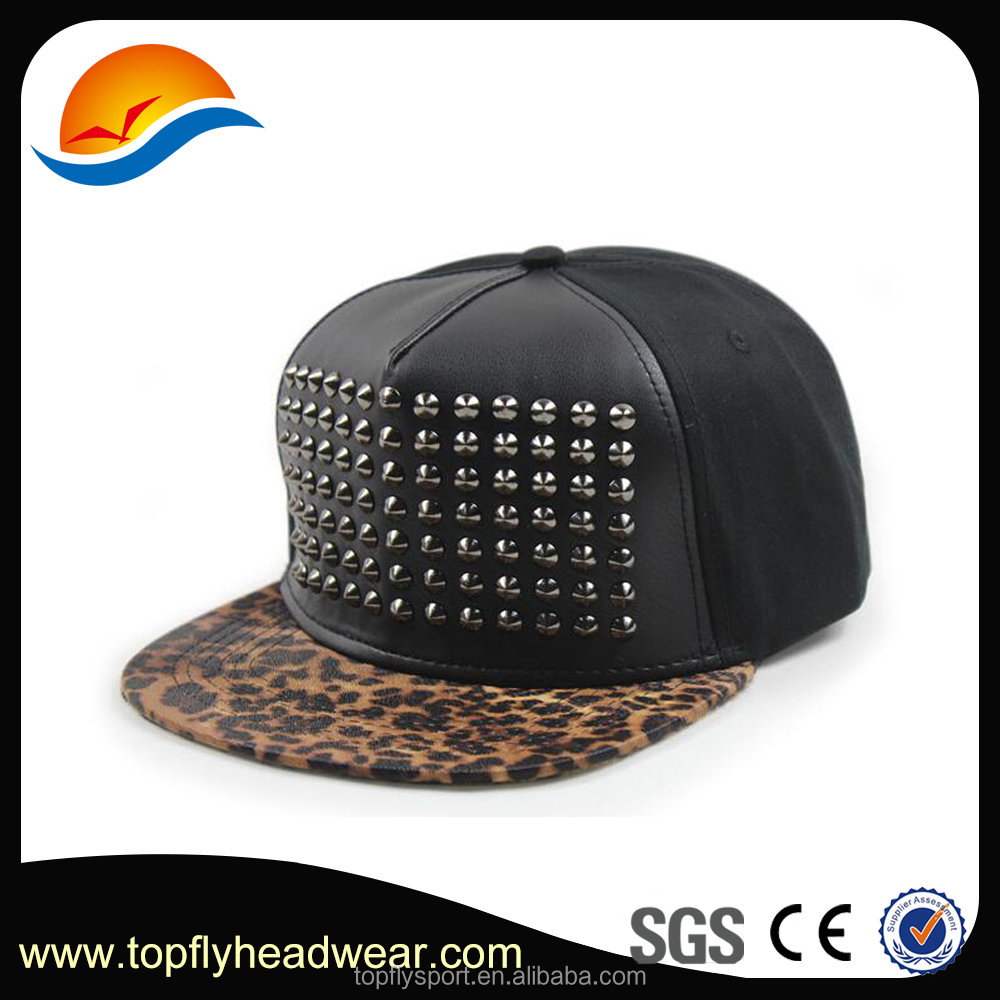 Customize made studded snapback hats , snapback caps with leopard brim ,