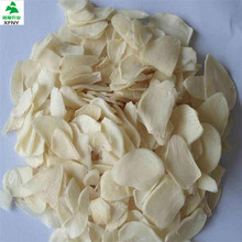 Europe standard grade A whithout root crushed air dehydrated garlic
