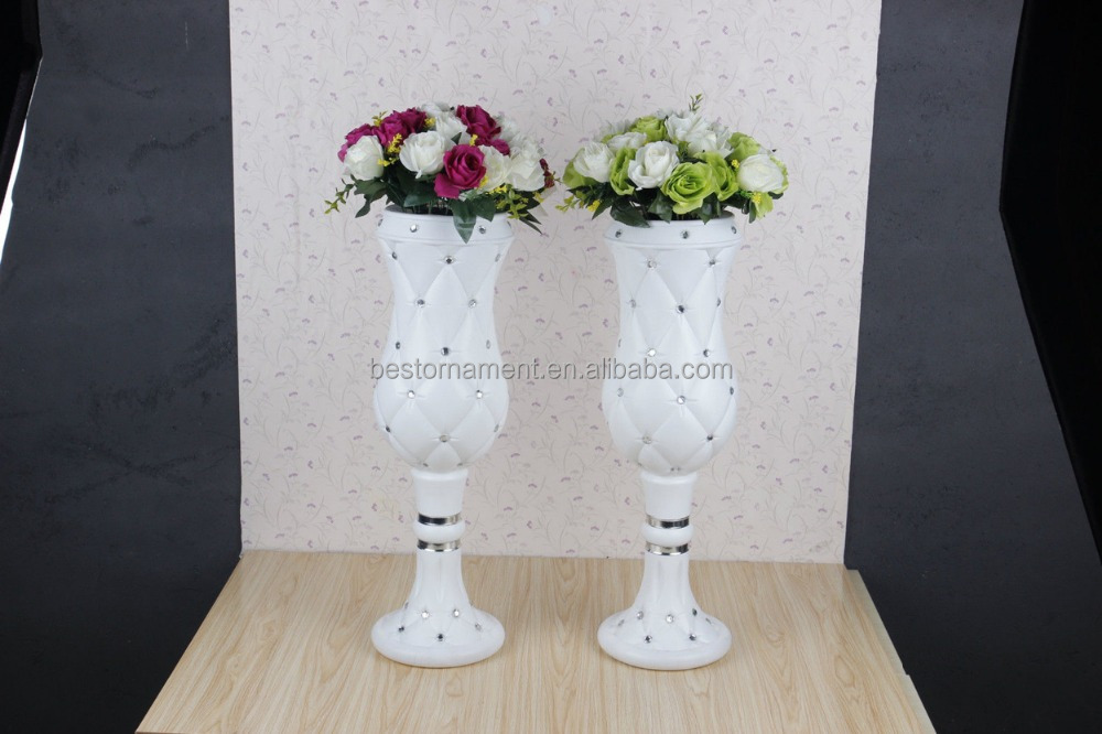 Modern Wedding Special Bling White Road Lead Roman Column