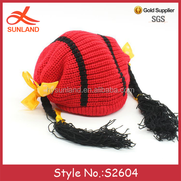 S2604 new arrival 2017 funny knit ponytail cute baby kids winter hats with long tassel