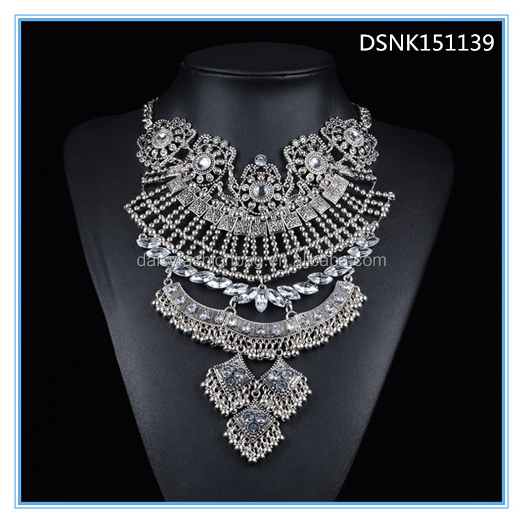 new model necklace chain,swarna mahal jewellers necklace,necklace beads