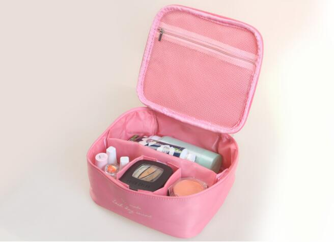 IN STOCK Customized Fashion Eco-friendly Travel Big Volume Makeup Mesh Cosmetic Bag With Compartments