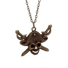 Vintage Zinc Alloy Skull Pendant Necklaces with Lobster Clasp