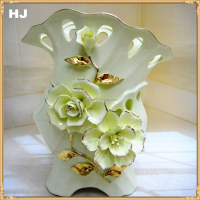 Hot selling plain ceramic flower vase for home decoration ceramic vase gift in yiwu