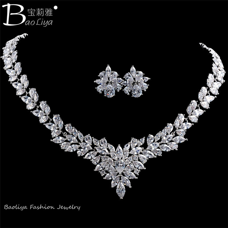 2015 Latest Design Popular Flower Shaped Earring and Necklace Wedding Jewelry <strong>Set</strong>