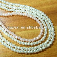 Plastic pearl beads strand