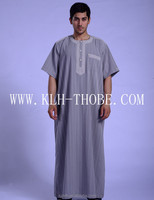 2015 Muslim Men Thobe Hot Sales New Style Robe Arabic Thobe