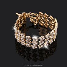 Elegant Charm The new three-row bracelet full of diamond jewelry small mixed batch of factory outlets AliExpress Distri for sale