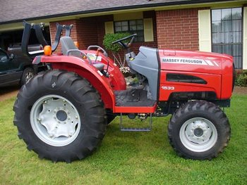 05 Massey Fergusion 1533 with 4-WD