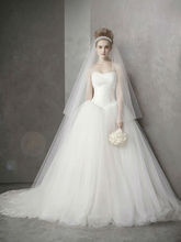 2016ST99 High End Scoop 8 layer Tulle long train wedding dress