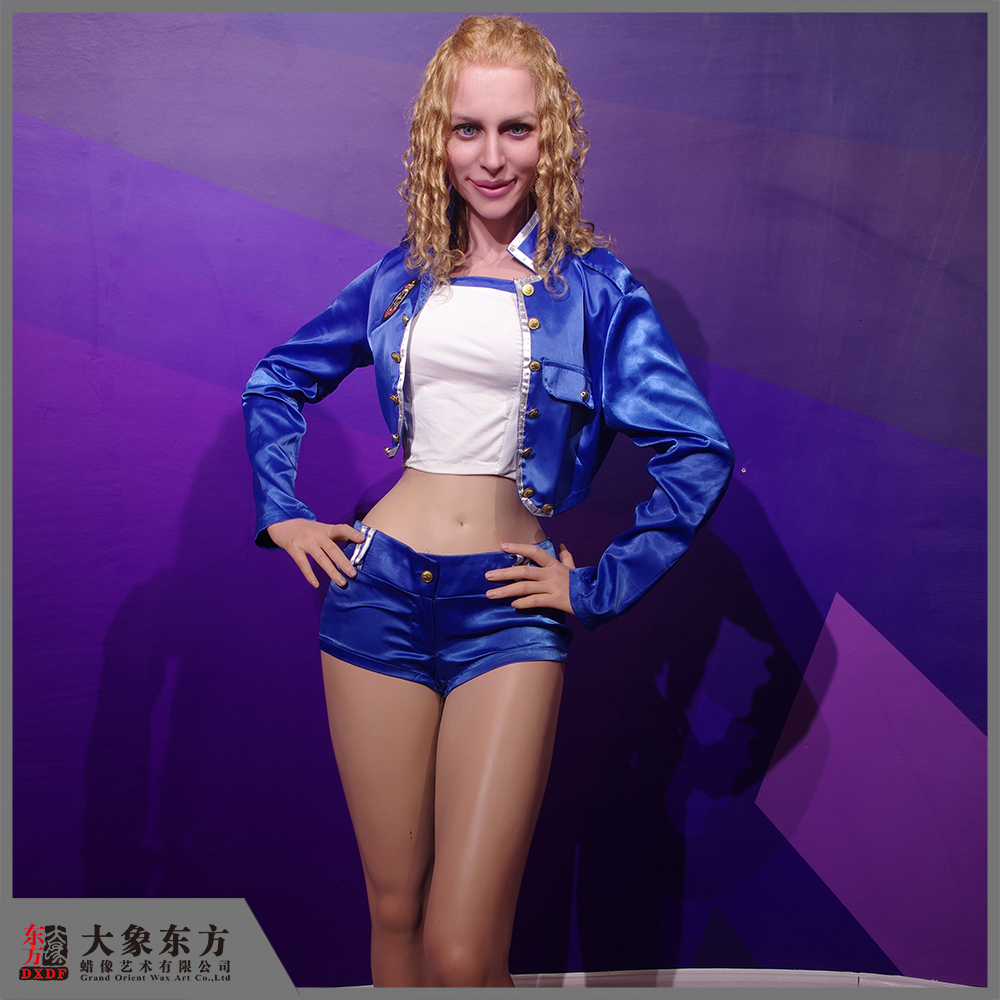 Hot Sale Sexy Beautiful Girl Figure Waxwork Sculpture