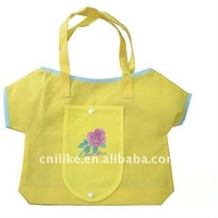 2011 Fashion shopper non woven folding bag