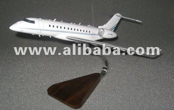Bombardier Global 5000 wooden model