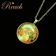 Wholesale New Design Customzied Pattern Noctilucence Luminous Glow Dark Necklace