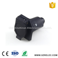 High Quality 7-Pole Blade RV Vehicle End Connector Plastic Trailer Plug