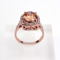 China Supplies Wholesale 18K Plated CZ Halo Square Yellow Dimond Engagement Ring