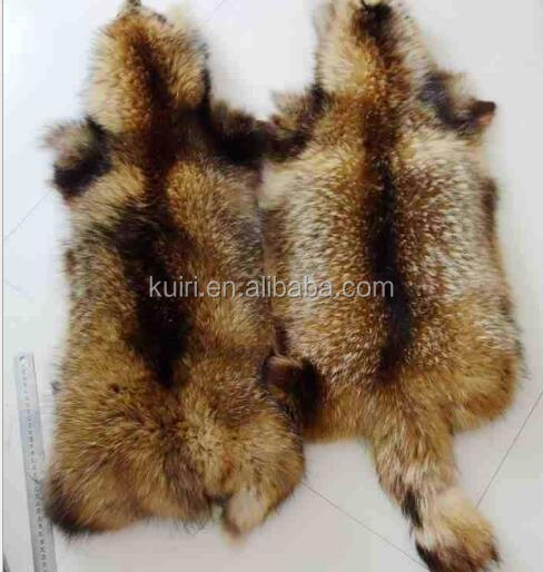 Natural Raccoon fur skins real Raccoon dog fur hide pelts high quality Chinese raccoon fur for hood