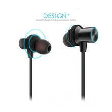 2017 design bluetooth earphone with waterproof sport design for iphone