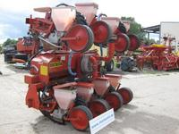 Maize seeder Becker Aeromat 8R