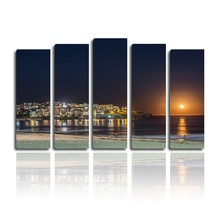 Artwork paintingstretched canvas spray painting stand