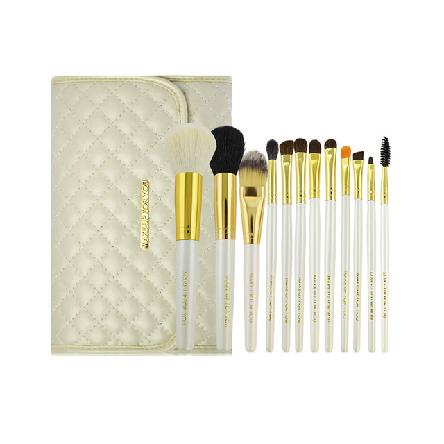 High quality goat hair wooden 12 pcs custom professional make up brushes