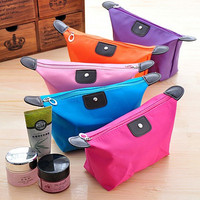 Free sample 9 candy colors korean style cheap young girl plain cosmetic train case