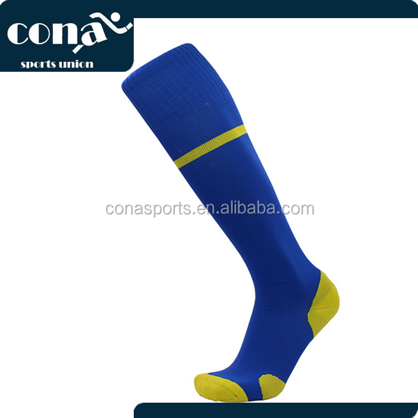 2017 China Supplier Wholesale Soccer Socks with Low Price High Quality