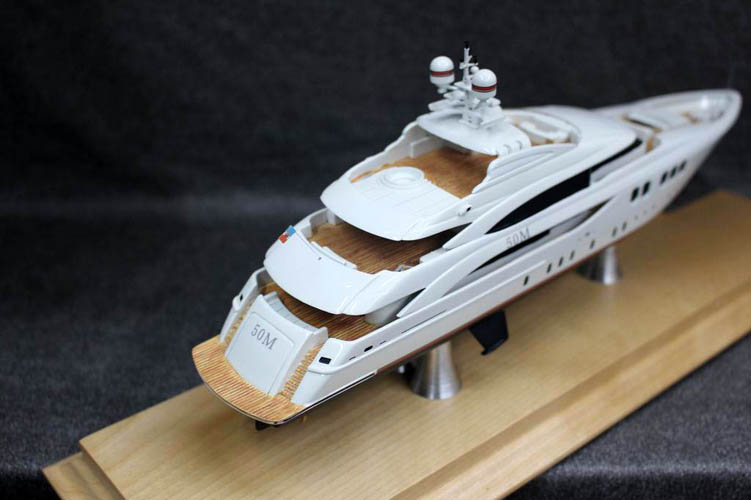 30cm length toy cruise ship resin model ship with wooden base China factory