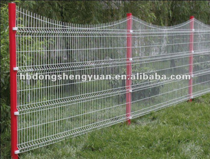 alibaba green vinyl coated welded wire mesh fence/Hot Sale in dubai High Quality Welded Wire Mesh Fence