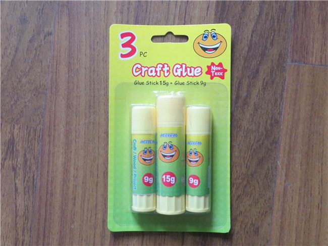 Wholesale factory produce empty PP lip balm twist up solid glue tubes