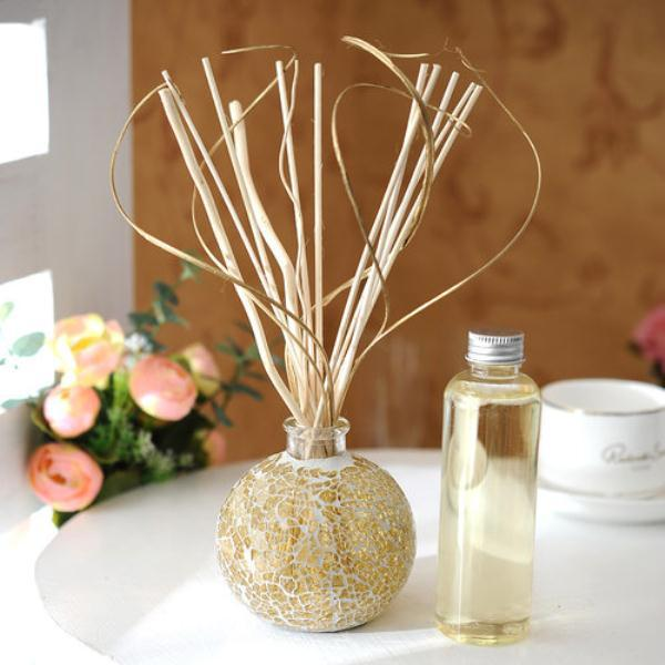 2015 best sell cheap glass bottles classical reed diffuser with nature rattan stick