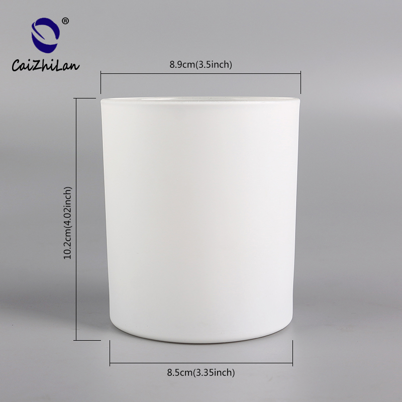 High Quality Painting Matte White Color Glass Candle Holder Jars Candlestick Container Manufacturer Supplier