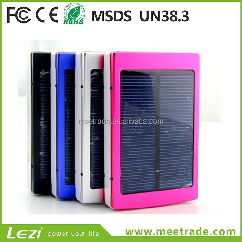Factory wholesale <strong>Solar</strong> mobile power bank polymer battery 20000 Mah high capacity mobile phone emergency charger LED Light
