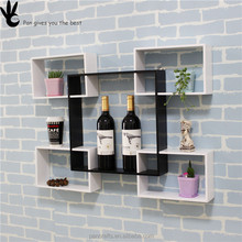 Manufacturer sells elegant kitchen or living room mounted wall rack for wine