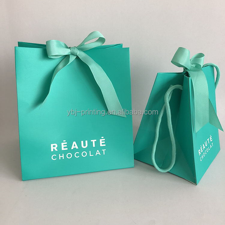 Shopping use custom printed promotional luxury shopping paper <strong>bag</strong> for chocolate