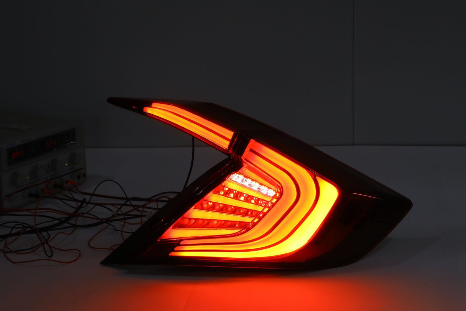 New style rear light for H0NDA CIVIC tail lamp with cheapest price