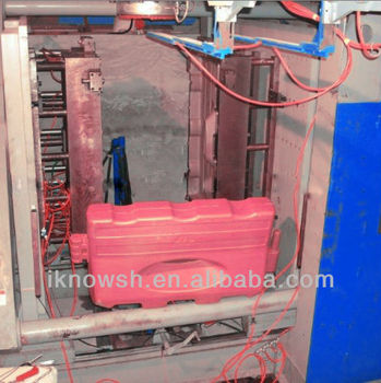 road barrier blow moulding machine