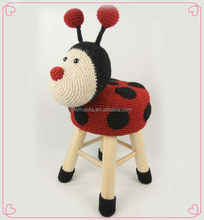 Wholesales Home Furniture Decorative Wooden Crochet Animal Shaped Foot Stool Pouf