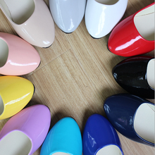 Wholesale spring/autumn fashion design women shoes fancy patent leather casual flat lady shoes
